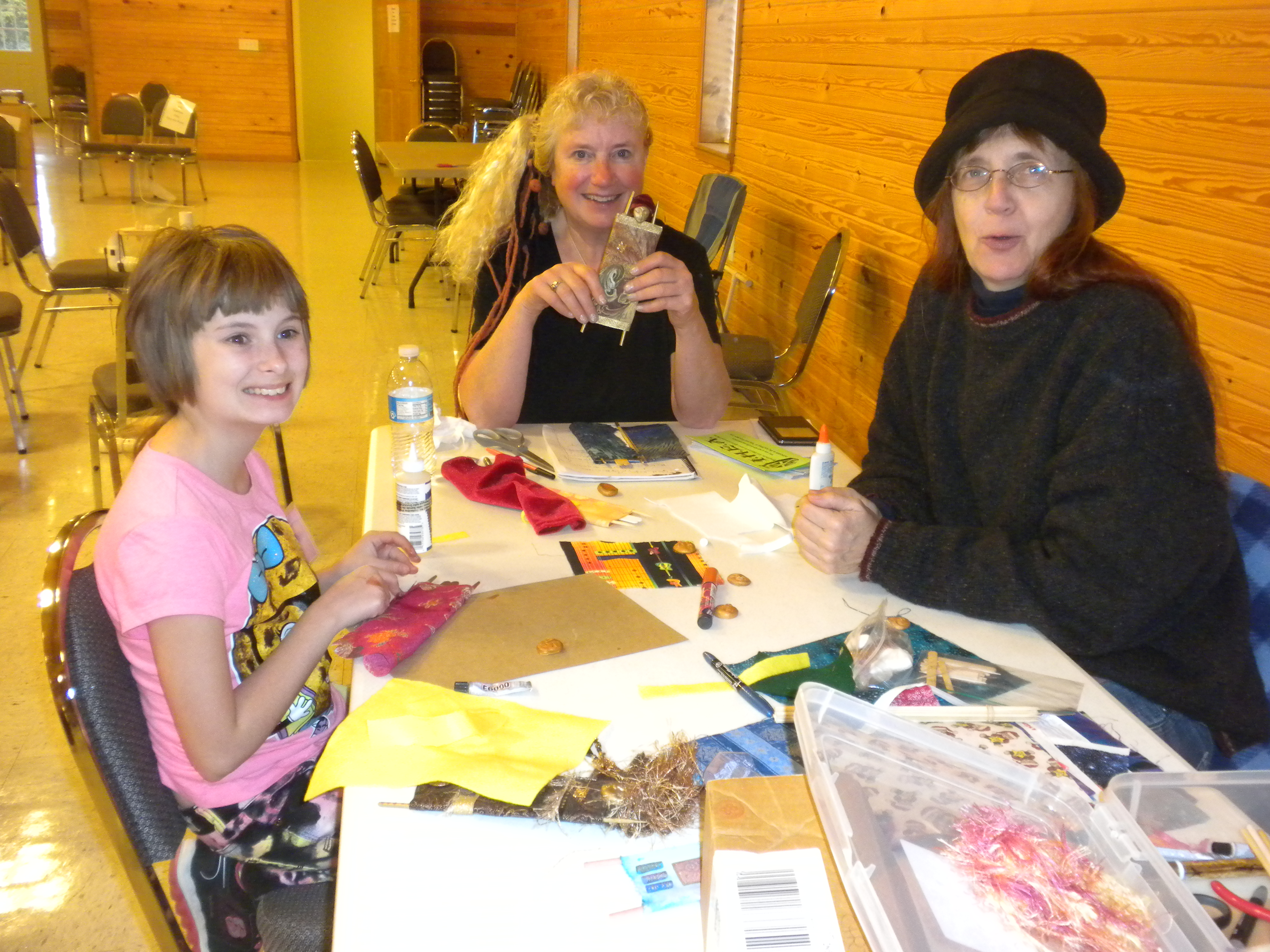 Fiber Art Dollmaking with Quhirrae Micheleu (teacher), Emma Durrill and Susan of Susan's Fiber Shop.